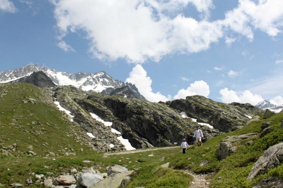 Alpit kesällä – lunta, tyhjyyttä ja upeita maisemia
