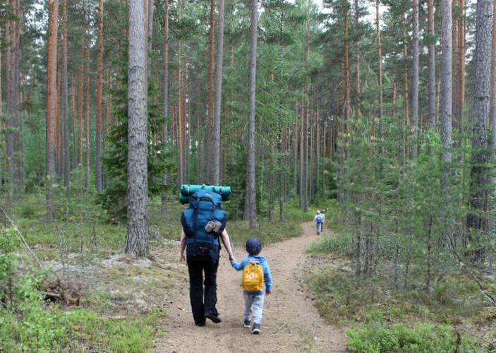 Iso-Melkutin / Loppi / Telttaretki lasten kanssa