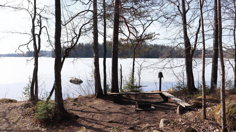 Tulipaikka / Hyypiön kämppä / Liesjärven kansallispuisto