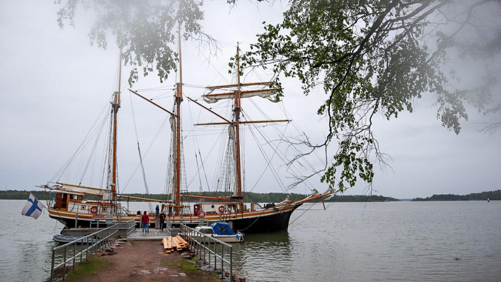 Purjelaiva / Helsingin Purjelaivakonttori / Svanhild