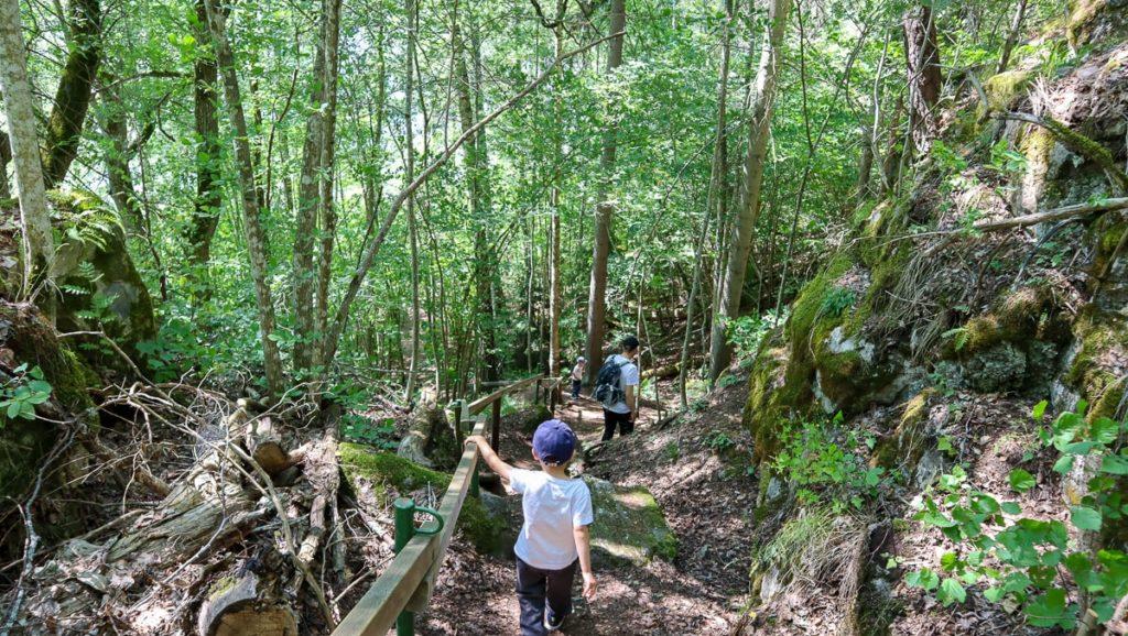 Torholan luolan luontopolku