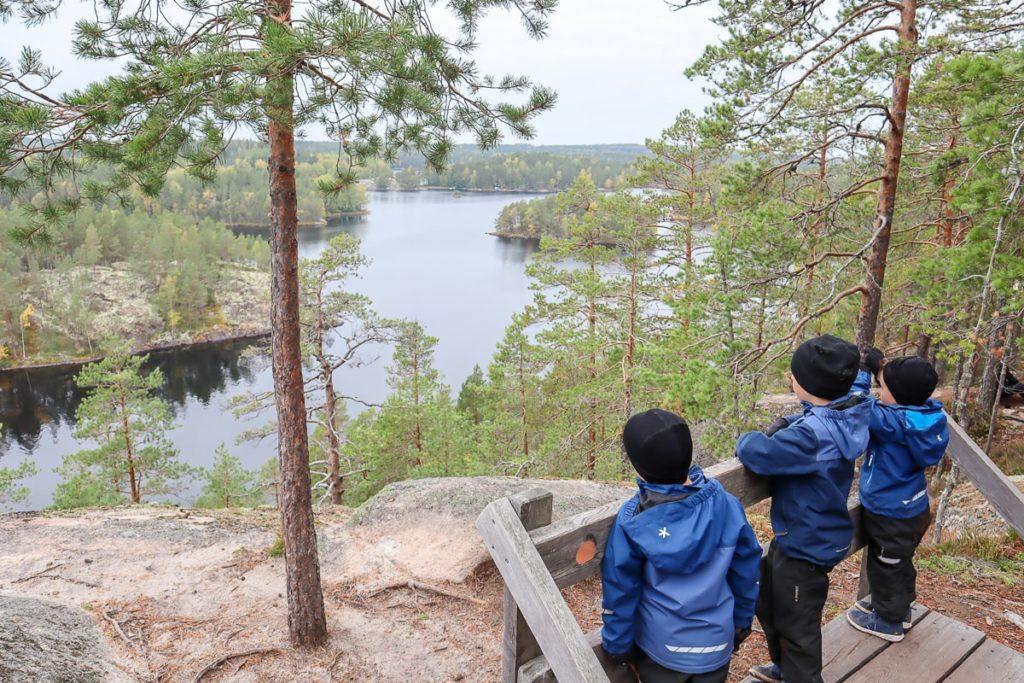 Repoveden kansallispuisto lasten kanssa / Katajavuori