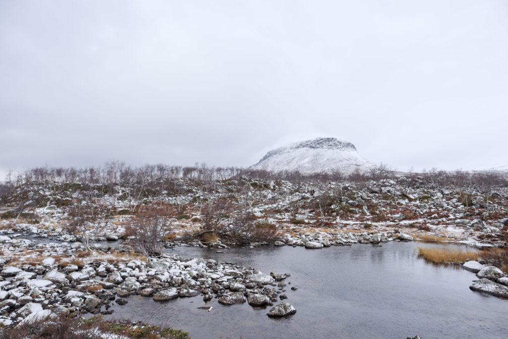 Tsahkaljärvi ja Saanatunturi