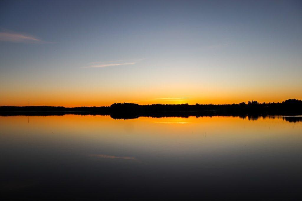 Auringonlasku / Ruostejärvi