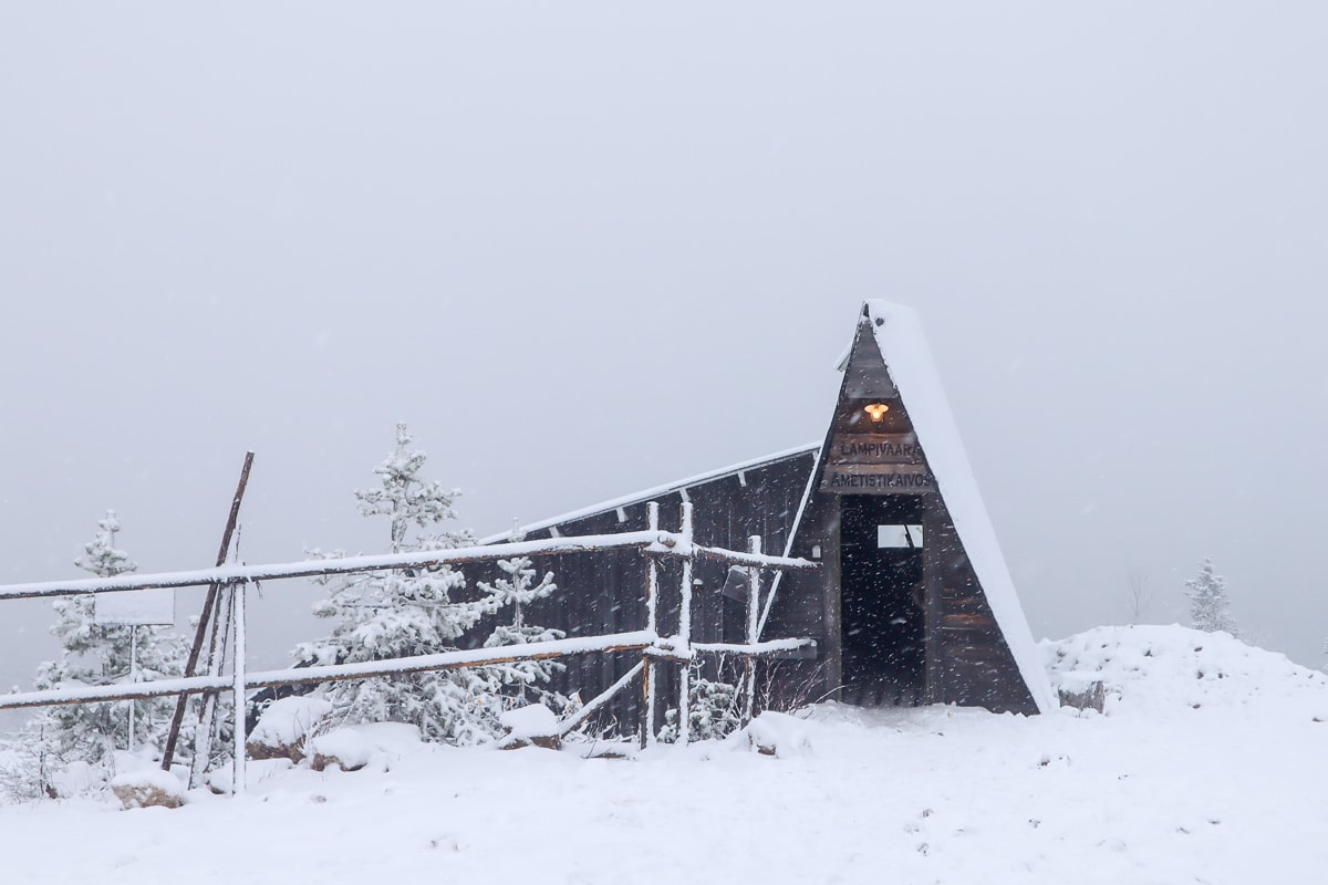 Jalokivijahti kansallispuistossa – retkikohteena Luoston Ametistikaivos