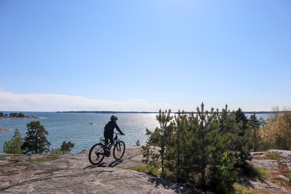 Koko perheen maastopyöräilypaikat – Parhaat poiminnat Etelä-Suomesta