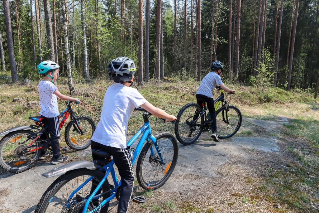 Maastopyöräily lasten kanssa